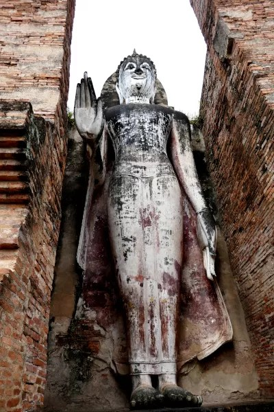 Fotos de Sukhothai en Tailandia, Buda levantado