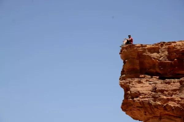 Fotos de Wadi Rum, Jordania - Alfonso en la roca