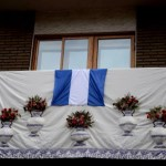 Fotos de las Mondas de Talavera, balcones engalanados