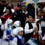 Fotos de las Mondas de Talavera, niño abanderado
