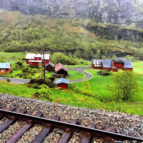 Fotos de los Fiordos Noruegos, paisajes tren de Flam
