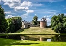 Fotos del Castillo de Gaasbeek en Flandes, reflejo