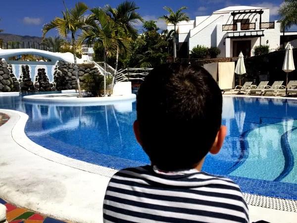 Fotos del Hotel Suite Villa María de Tenerife, Oriol mirando la piscina