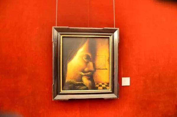 Fotos del Teatro-Museo Dalí de Figueres. La imagen desaparece