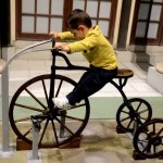 Fotos de Japon con niños, Oriol en el Museo Edo-Tokyo