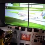 Fotos de Technopolis en Malinas, Teo en el simulador