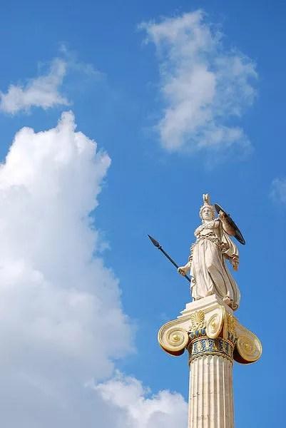 Palas Atenea en la Academia de Atenas