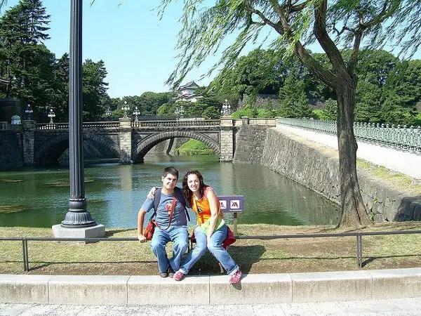 Pau y Vero en el Palacio Imperial de Tokio