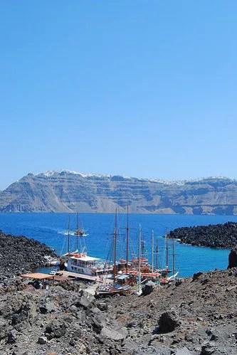Puerto de Nea Kameni