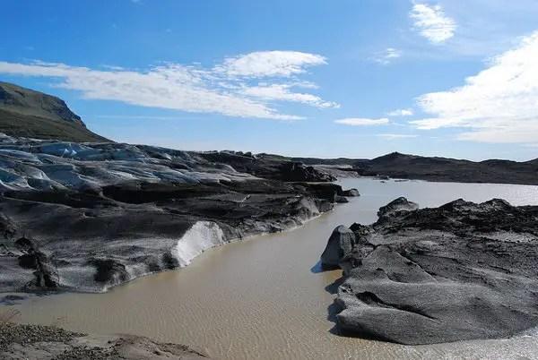 Svínafellsjökull y las cenizas del volcán