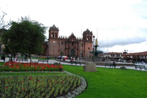 Tarde en la Plaza de Armas del Cusco