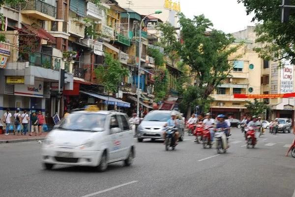 Tráfico de la zona de Hoan Kiem