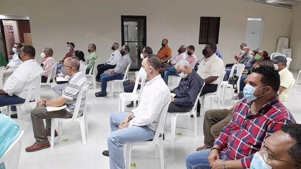 Luis Hernández realiza Asamblea con la Dirección Central y Ejecutiva del Partido Fuerza Del Pueblo