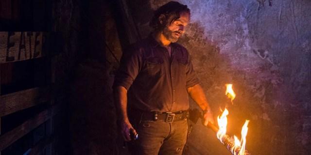 Rick quemando a Lucille The Walking Dead El Palomitrón