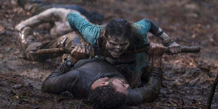 Aaron y un mordedor The Walking Dead El Palomitrón