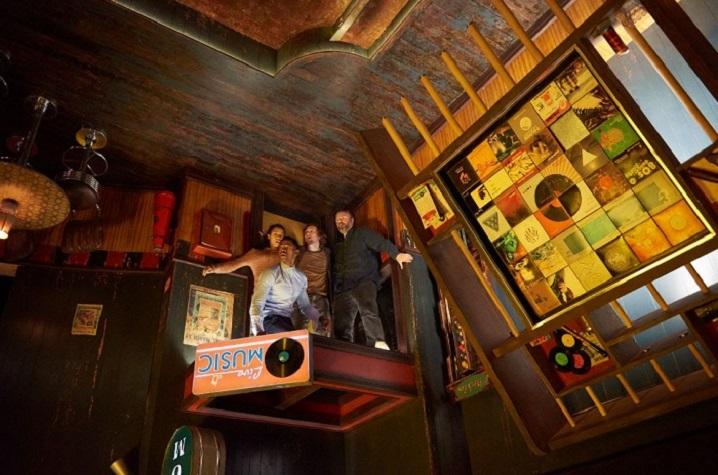 Escape Room crítica en el techo - El Palomitron