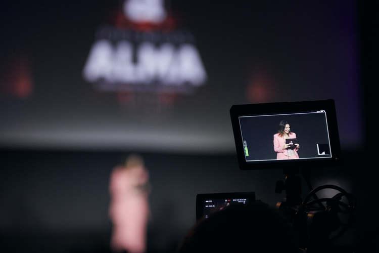 Premios ALMA, Marta González de Vega, El Palomitrón