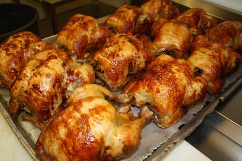 El jugoso pollo de Juan Pollo. (Foto Agustin Durán/El Pasajero).