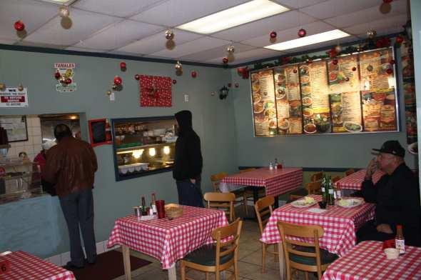 El ambiente en el restaurante es cómodo, agradable y muy familiar. (Foto de Agustín Durán/El Pasajero).