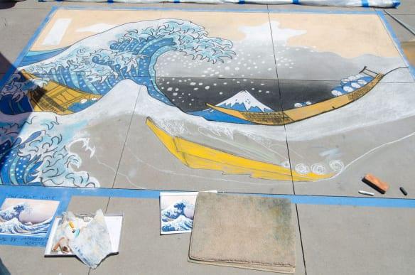 Un mural hecho con gis del pasado Pasadena Chalk Festival