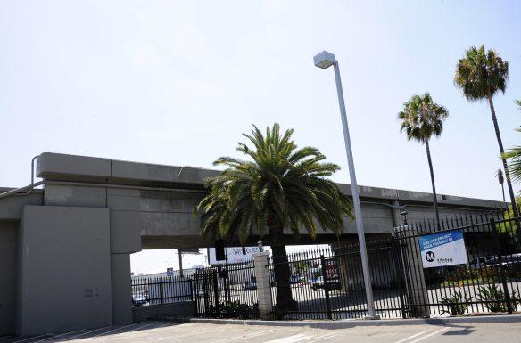Este es el puente que será demolido. Foto: Juan Ocampo/Metro.