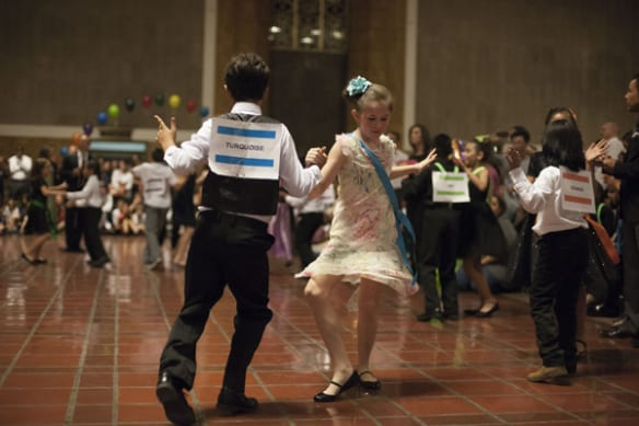 dancing kids3
