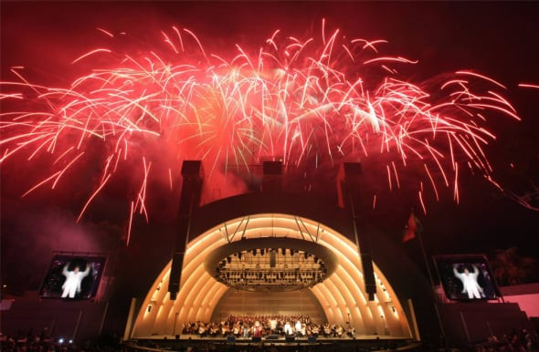 fireworks-at-hollywood-bowl