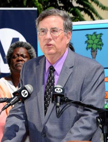 John Fasana, presidente de la Junta Directiva de Metro