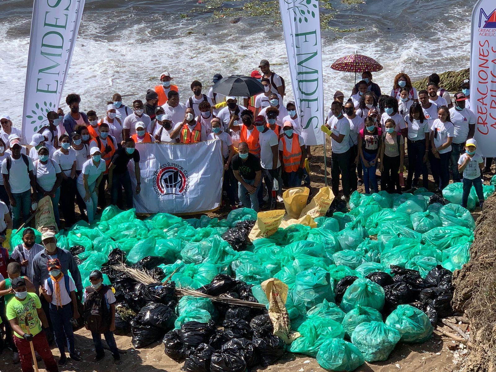ITSC realiza jornada de reforestación y recolección de desechos sólidos