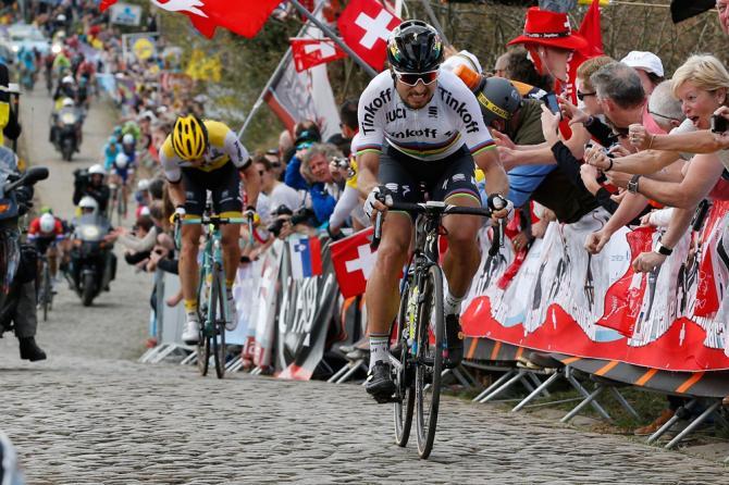 Sagan acelera en el Pateberg, descuelga a Vanmarcke y se va en solitario hacia la línea de meta.