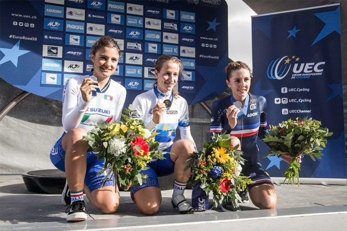 Podio femenino, con Vigilia (2.ª), Morzenti (1.ª) y Labous (3.ª). Foto © UEC