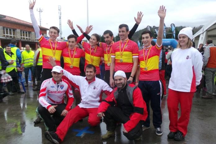 Cantabria ganó el relevo 2016. Foto © RFEC