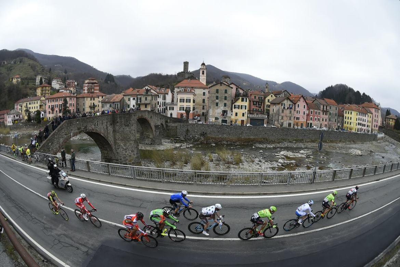 Con sus 291 kilómetros, la Milán San-Remo es, de lejos, la carrera más larga de la temporada. © Tim de Waele