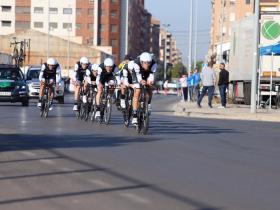 Kometa Cycling Team CRE Cabedo