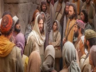 Resultado de imagen para En aquel tiempo, muchos de los que hasta entonces había seguido a Jesús dijeron: «Es duro este lenguaje. ¿Quién puede escucharlo?». Pero sabiendo Jesús en su interior que sus discípulos murmuraban por esto, les dijo: «¿Esto os escandaliza? ¿Y cuando veáis al Hijo del hombre subir adonde estaba antes?