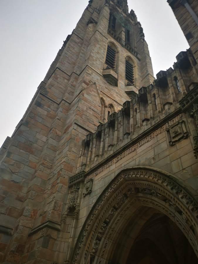 La torre de la Univ de Yale