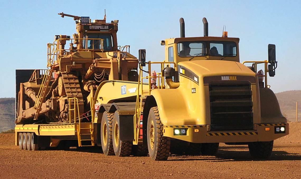 Haulmax 3900 Tow Tractor