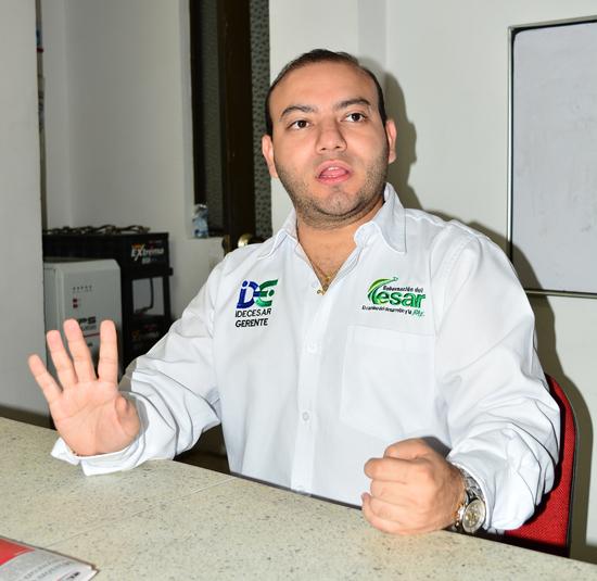 El gerente de Idecesar, Oswaldo Ángulo Agudelo, explicó pormenores del convenio que se gestará con el Instituto para el Desarrollo de Antioquia, IDEA. Joaquín Ramírez/EL PILÓN