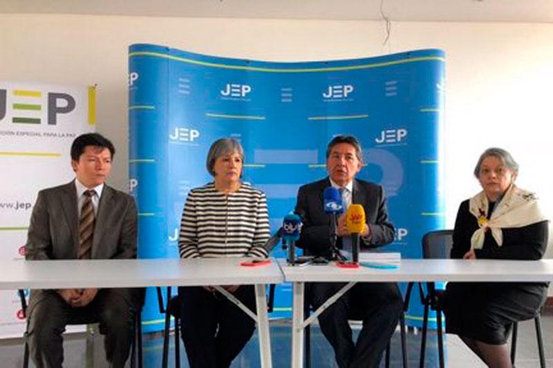 El fiscal general hizo entrega del informe ante los directivos de la Jurisdicción Especial para la Paz, creada el Acuerdo Final.