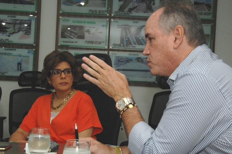Viceministra de Agricultura trató varios temas relacionados con el sector agropecuario del Cesar.  Foto: Cortesía.