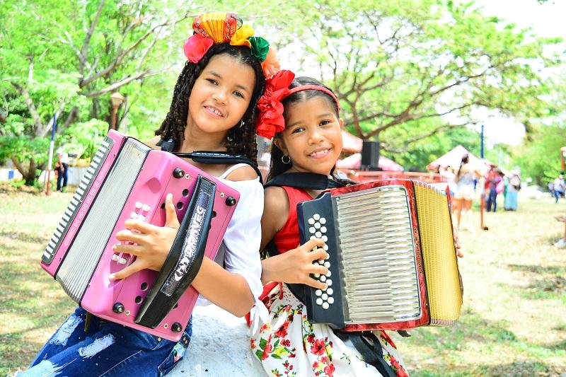 Este año se estrena la categoría de acordeoneras menores en el festival.  Foto: Joaquín Ramírez.