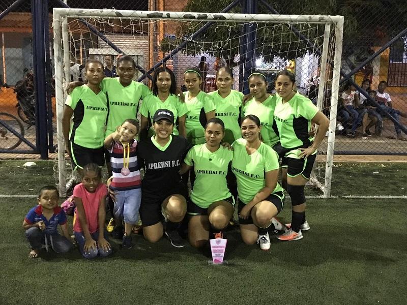 Aprehsi FC, un equipo que avanza en su formación deportiva.   Foto: El Pilón.