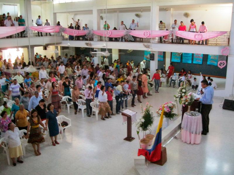 El encuentro de feligreses de la Iglesia Pentecostal Unida de Colombia se realiza en la vía Valledupar - Pueblo Bello.