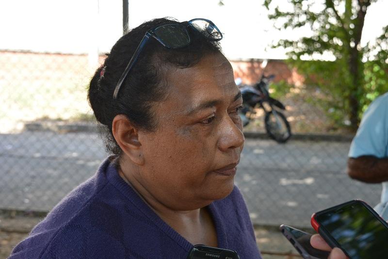 La esposa del fallecido Gustavo Segundo, comunicó que en el momento desconocen las características del vehículo que ocasionó el accidente.   FOTO: SERGIO PEÑA.