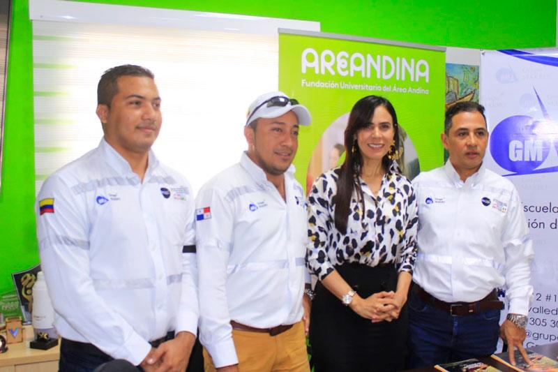 Representantes de la Fundación del Área Andina y del Grupo Makro oficializaron este convenio de aval académico de beneficio para la región.
