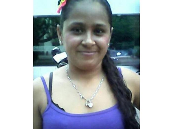 Johana Ariza Macías, víctima.