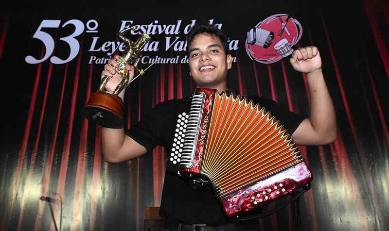 Augusto Carlos López se coronó rey aficionado del Festival Vallenato el pasado 2 de octubre.    FOTO/CORTESÍA.