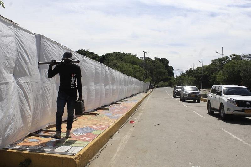 Las mallas están a los alrededores del puente en el balneario Hurtado.   FOTO/JOAQUÍN RAMÍREZ.