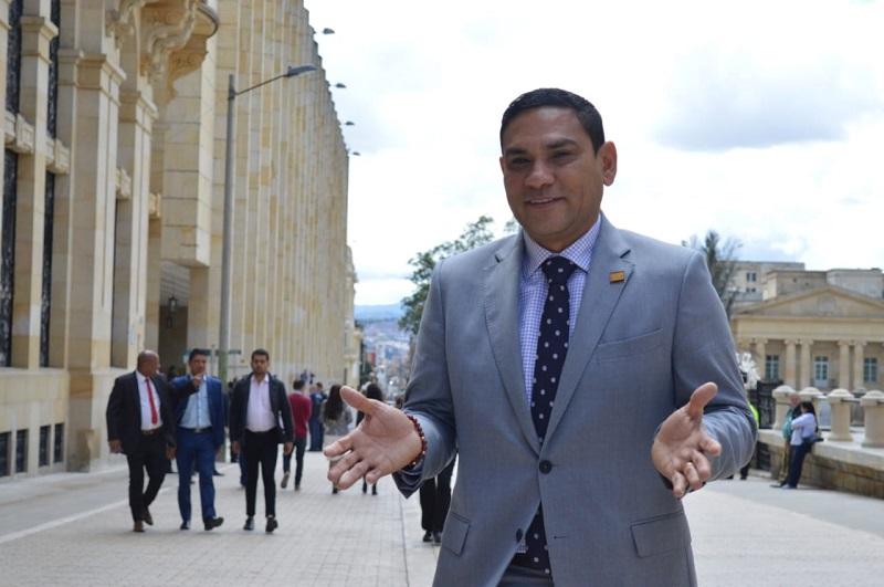 Didier Lobo, senador de la república.  FOTO/TOMADA DE TWITTER.