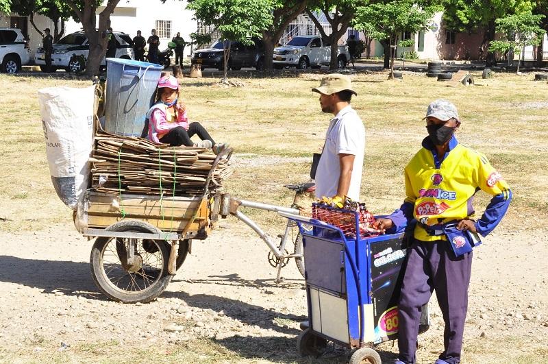 El desempleo de los jóvenes es del 26,3 %.   FOTO/JOAQUÍN RAMÍREZ.